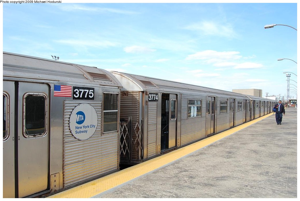 (224k, 1044x699)<br><b>Country:</b> United States<br><b>City:</b> New York<br><b>System:</b> New York City Transit<br><b>Line:</b> IND Rockaway<br><b>Location:</b> Rockaway Park/Beach 116th Street <br><b>Route:</b> A<br><b>Car:</b> R-32 (Budd, 1964)  3774 <br><b>Photo by:</b> Michael Hodurski<br><b>Date:</b> 4/17/2008<br><b>Viewed (this week/total):</b> 0 / 818