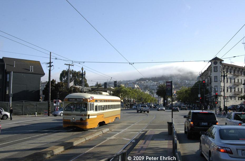 (180k, 930x612)<br><b>Country:</b> United States<br><b>City:</b> San Francisco/Bay Area, CA<br><b>System:</b> SF MUNI<br><b>Location:</b> Market/16th/Noe <br><b>Car:</b> SF MUNI PCC (Ex-NJTransit, Ex-Twin City) (St. Louis Car Co., 1946-1947)  1075 <br><b>Photo by:</b> Peter Ehrlich<br><b>Date:</b> 5/27/2009<br><b>Notes:</b> Inbound.<br><b>Viewed (this week/total):</b> 0 / 364