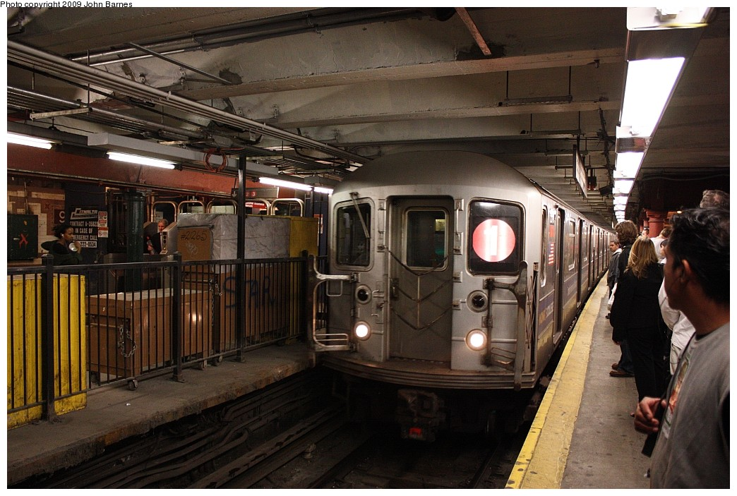 (220k, 1044x703)<br><b>Country:</b> United States<br><b>City:</b> New York<br><b>System:</b> New York City Transit<br><b>Line:</b> IRT West Side Line<br><b>Location:</b> 96th Street <br><b>Route:</b> 1<br><b>Car:</b> R-62A (Bombardier, 1984-1987)  2370 <br><b>Photo by:</b> John Barnes<br><b>Date:</b> 6/15/2009<br><b>Viewed (this week/total):</b> 0 / 1351