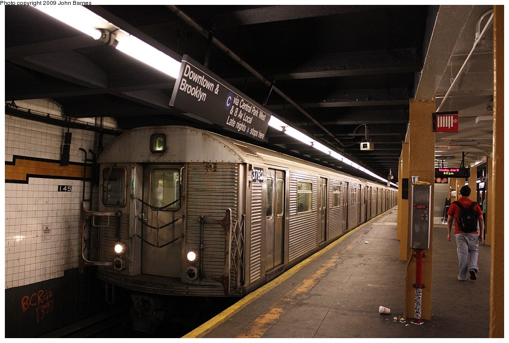 (219k, 1044x703)<br><b>Country:</b> United States<br><b>City:</b> New York<br><b>System:</b> New York City Transit<br><b>Line:</b> IND 8th Avenue Line<br><b>Location:</b> 145th Street <br><b>Route:</b> C<br><b>Car:</b> R-32 (Budd, 1964)  3782 <br><b>Photo by:</b> John Barnes<br><b>Date:</b> 6/15/2009<br><b>Viewed (this week/total):</b> 1 / 1784