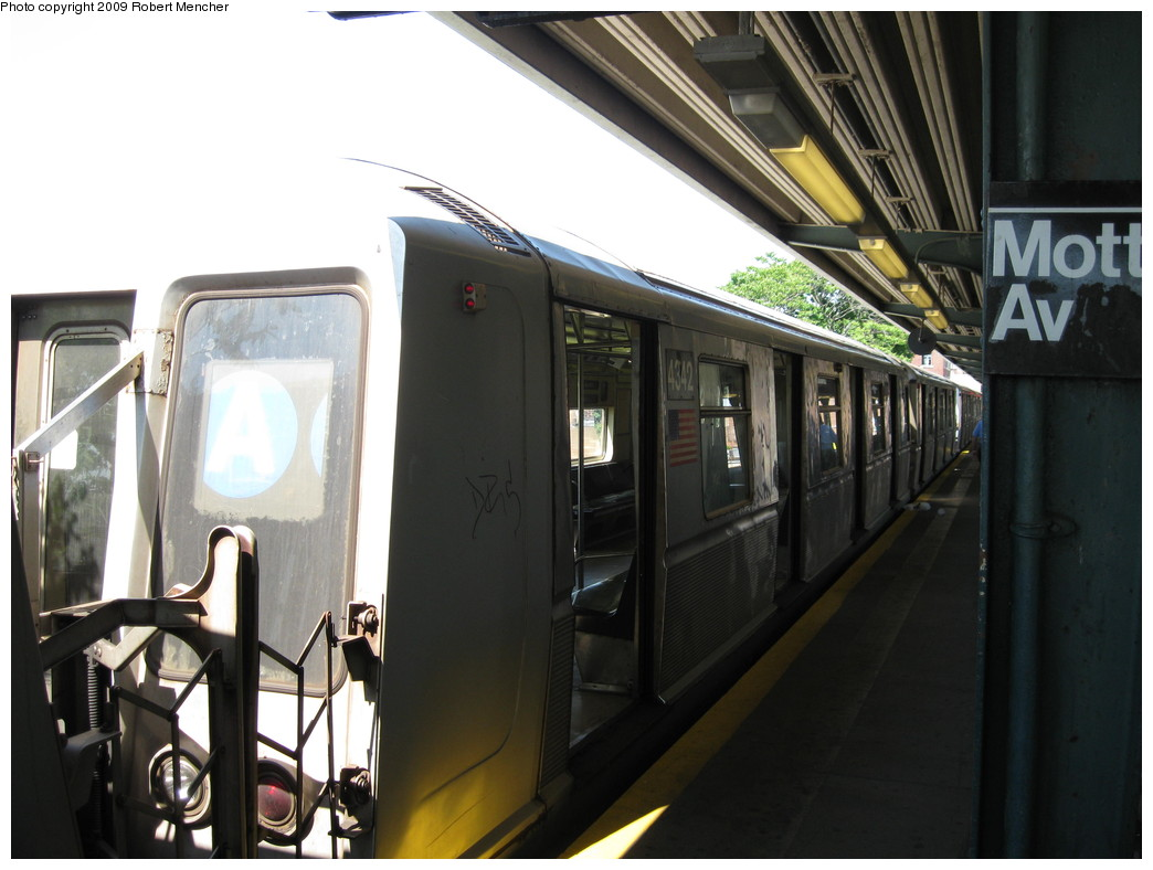 (181k, 1044x788)<br><b>Country:</b> United States<br><b>City:</b> New York<br><b>System:</b> New York City Transit<br><b>Line:</b> IND Rockaway<br><b>Location:</b> Mott Avenue/Far Rockaway <br><b>Route:</b> A<br><b>Car:</b> R-40 (St. Louis, 1968)  4342 <br><b>Photo by:</b> Robert Mencher<br><b>Date:</b> 6/6/2009<br><b>Viewed (this week/total):</b> 1 / 663