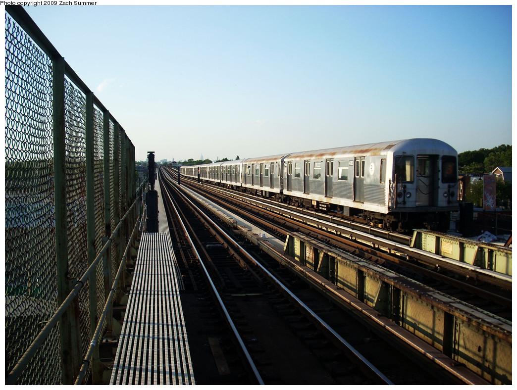 (303k, 1044x788)<br><b>Country:</b> United States<br><b>City:</b> New York<br><b>System:</b> New York City Transit<br><b>Line:</b> BMT Culver Line<br><b>Location:</b> Avenue N <br><b>Route:</b> F<br><b>Car:</b> R-42 (St. Louis, 1969-1970)  4783 <br><b>Photo by:</b> Zach Summer<br><b>Date:</b> 5/31/2009<br><b>Viewed (this week/total):</b> 1 / 1257