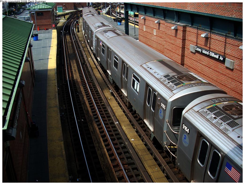(383k, 1044x788)<br><b>Country:</b> United States<br><b>City:</b> New York<br><b>System:</b> New York City Transit<br><b>Location:</b> Coney Island/Stillwell Avenue<br><b>Route:</b> F<br><b>Car:</b> R-160B (Option 1) (Kawasaki, 2008-2009)  9165 <br><b>Photo by:</b> Zach Summer<br><b>Date:</b> 6/2/2009<br><b>Viewed (this week/total):</b> 2 / 1744