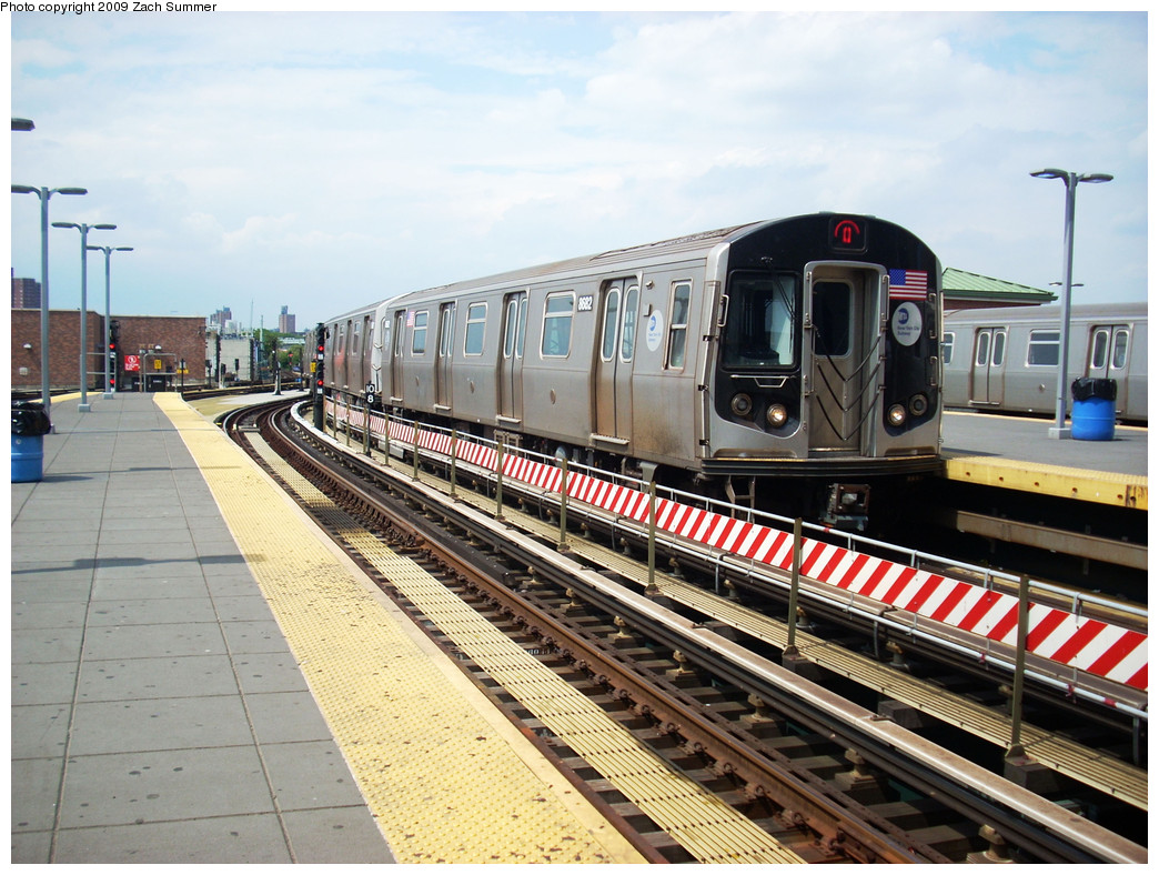 (305k, 1044x788)<br><b>Country:</b> United States<br><b>City:</b> New York<br><b>System:</b> New York City Transit<br><b>Location:</b> Coney Island/Stillwell Avenue<br><b>Route:</b> Q<br><b>Car:</b> R-160A-2 (Alstom, 2005-2008, 5 car sets)  8682 <br><b>Photo by:</b> Zach Summer<br><b>Date:</b> 6/2/2009<br><b>Viewed (this week/total):</b> 0 / 1493