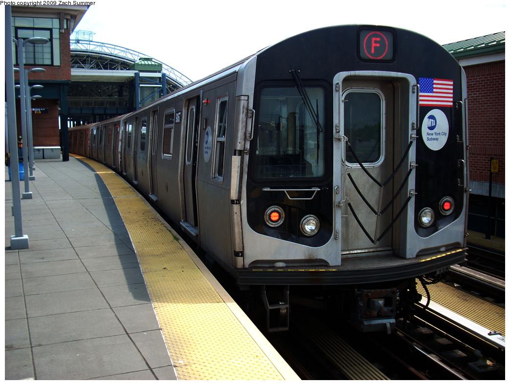 (265k, 1044x788)<br><b>Country:</b> United States<br><b>City:</b> New York<br><b>System:</b> New York City Transit<br><b>Location:</b> Coney Island/Stillwell Avenue<br><b>Route:</b> F<br><b>Car:</b> R-160B (Option 1) (Kawasaki, 2008-2009)  9167 <br><b>Photo by:</b> Zach Summer<br><b>Date:</b> 6/2/2009<br><b>Viewed (this week/total):</b> 0 / 1495