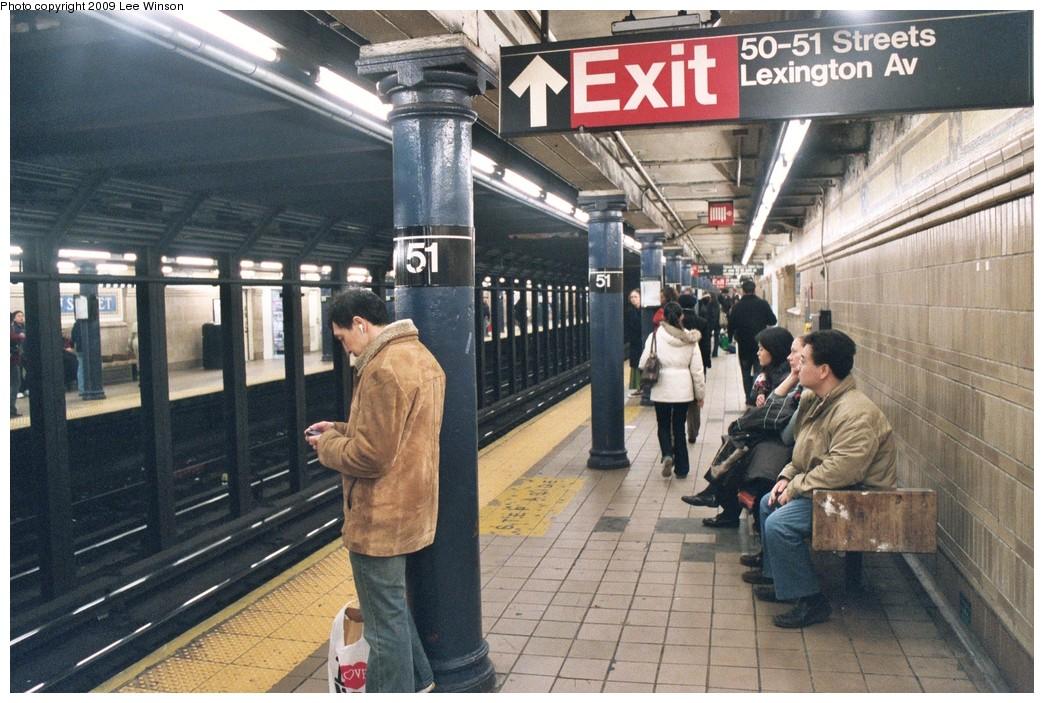(230k, 1044x703)<br><b>Country:</b> United States<br><b>City:</b> New York<br><b>System:</b> New York City Transit<br><b>Line:</b> IRT East Side Line<br><b>Location:</b> 51st Street <br><b>Photo by:</b> Lee Winson<br><b>Date:</b> 12/2008<br><b>Viewed (this week/total):</b> 0 / 1071