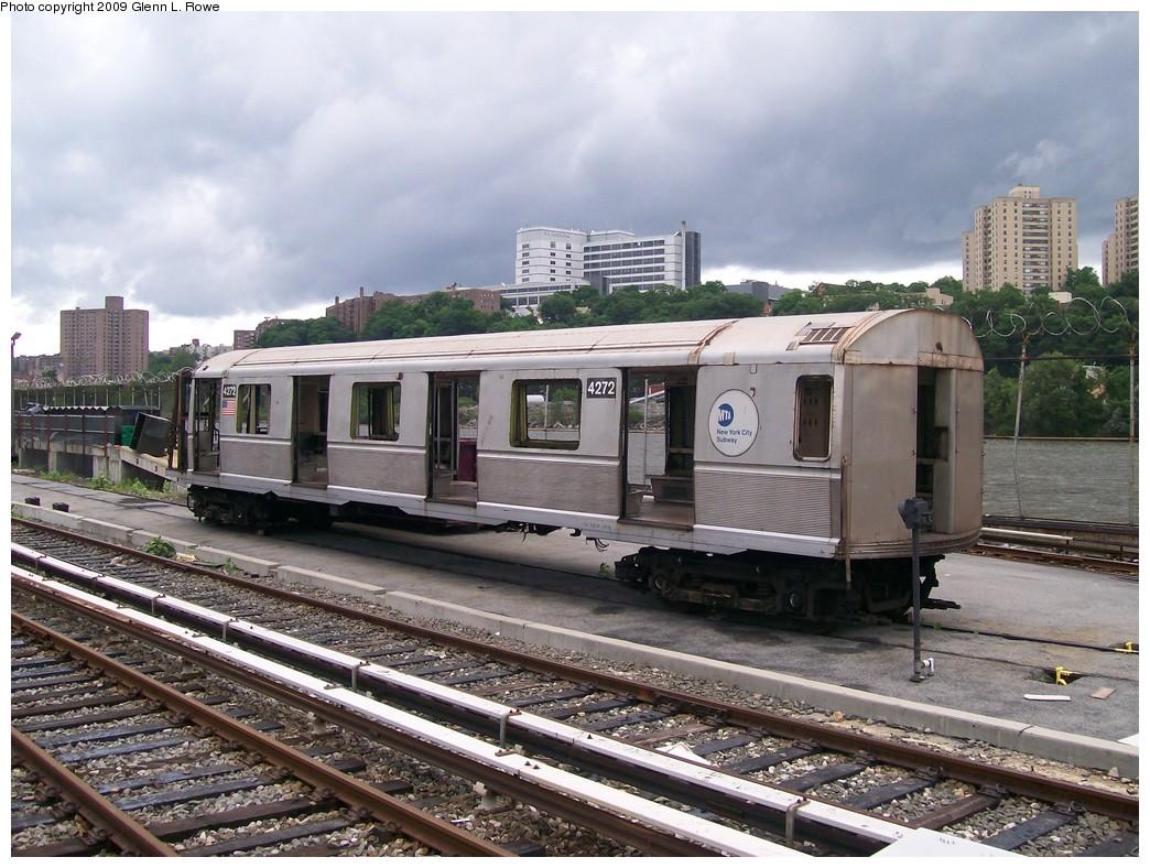 (242k, 1044x788)<br><b>Country:</b> United States<br><b>City:</b> New York<br><b>System:</b> New York City Transit<br><b>Location:</b> 207th Street Yard<br><b>Car:</b> R-40 (St. Louis, 1968)  4272 <br><b>Photo by:</b> Glenn L. Rowe<br><b>Date:</b> 6/22/2009<br><b>Notes:</b> Scrap<br><b>Viewed (this week/total):</b> 0 / 1303