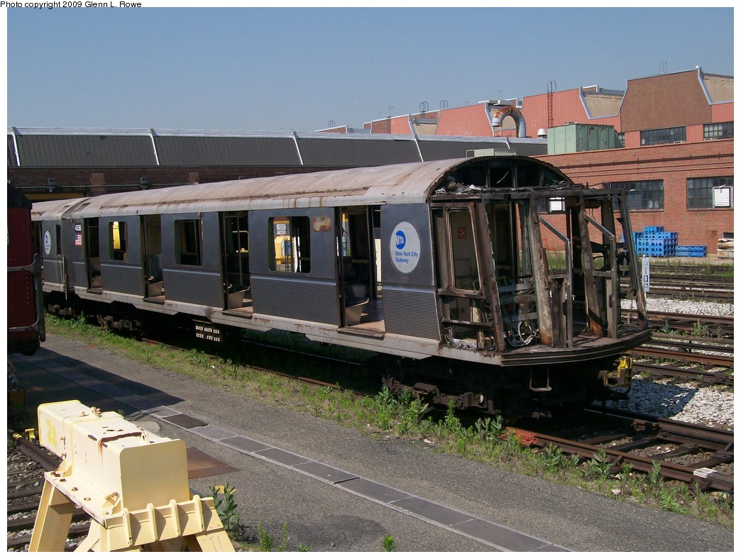 (252k, 1044x788)<br><b>Country:</b> United States<br><b>City:</b> New York<br><b>System:</b> New York City Transit<br><b>Location:</b> 207th Street Yard<br><b>Car:</b> R-40 (St. Louis, 1968)  4356 <br><b>Photo by:</b> Glenn L. Rowe<br><b>Date:</b> 6/30/2009<br><b>Notes:</b> Scrap<br><b>Viewed (this week/total):</b> 2 / 1501