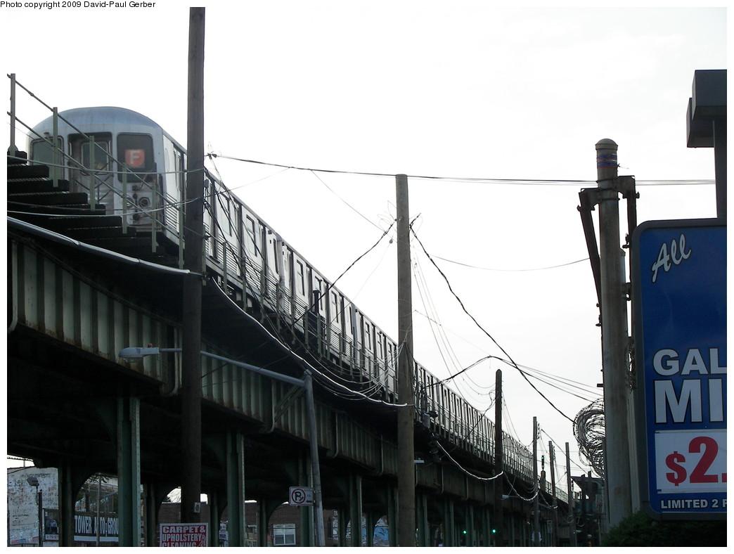 (222k, 1044x788)<br><b>Country:</b> United States<br><b>City:</b> New York<br><b>System:</b> New York City Transit<br><b>Line:</b> BMT Culver Line<br><b>Location:</b> Bay Parkway (22nd Avenue) <br><b>Route:</b> F<br><b>Car:</b> R-42 (St. Louis, 1969-1970)   <br><b>Photo by:</b> David-Paul Gerber<br><b>Date:</b> 6/29/2009<br><b>Viewed (this week/total):</b> 2 / 1400