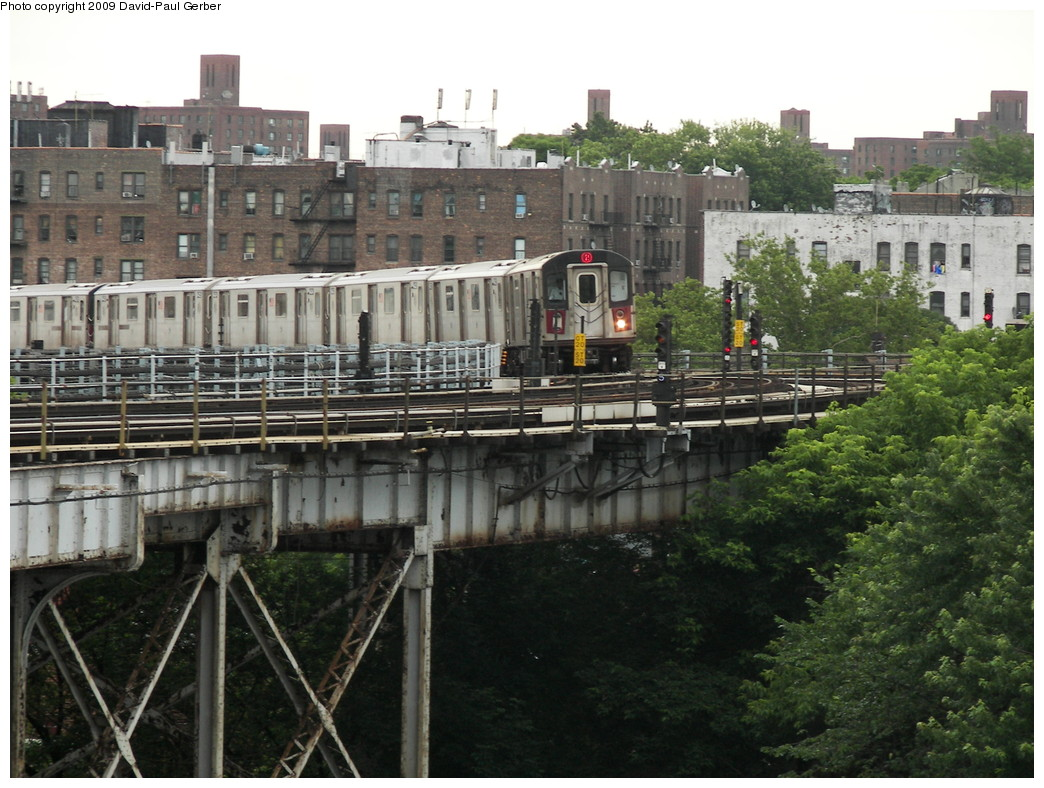 (291k, 1044x788)<br><b>Country:</b> United States<br><b>City:</b> New York<br><b>System:</b> New York City Transit<br><b>Line:</b> IRT White Plains Road Line<br><b>Location:</b> West Farms Sq./East Tremont Ave./177th St. <br><b>Route:</b> 2<br><b>Car:</b> R-142 or R-142A (Number Unknown)  <br><b>Photo by:</b> David-Paul Gerber<br><b>Date:</b> 6/20/2009<br><b>Notes:</b> Southbound from E180th toward Tremont.<br><b>Viewed (this week/total):</b> 0 / 1415