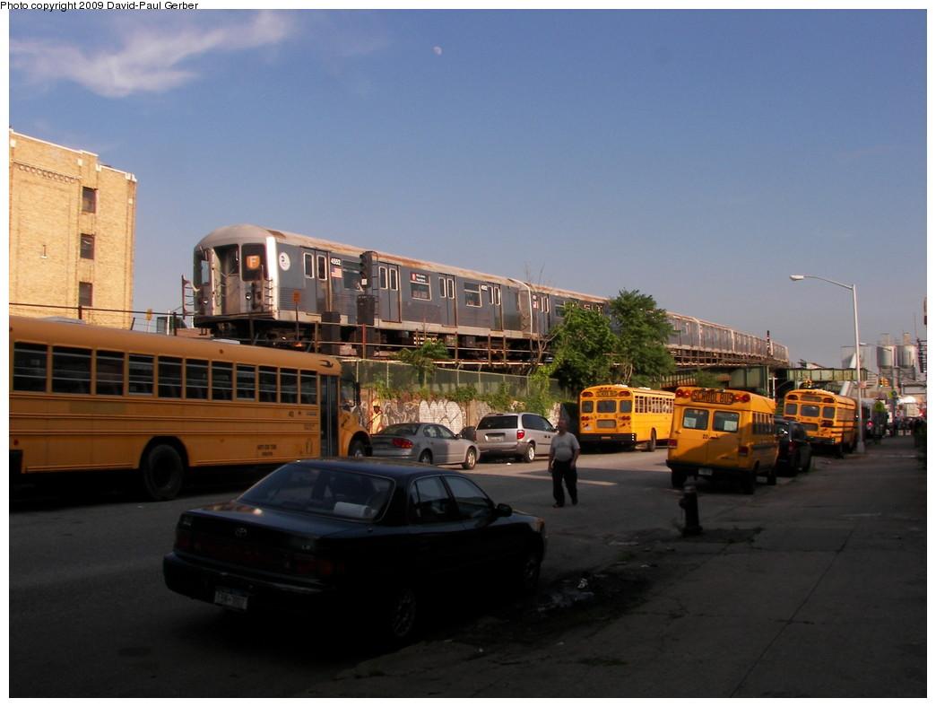 (219k, 1044x788)<br><b>Country:</b> United States<br><b>City:</b> New York<br><b>System:</b> New York City Transit<br><b>Line:</b> BMT Culver Line<br><b>Location:</b> Ditmas Avenue <br><b>Route:</b> F<br><b>Car:</b> R-42 (St. Louis, 1969-1970)  4552 <br><b>Photo by:</b> David-Paul Gerber<br><b>Date:</b> 7/1/2009<br><b>Viewed (this week/total):</b> 0 / 1863