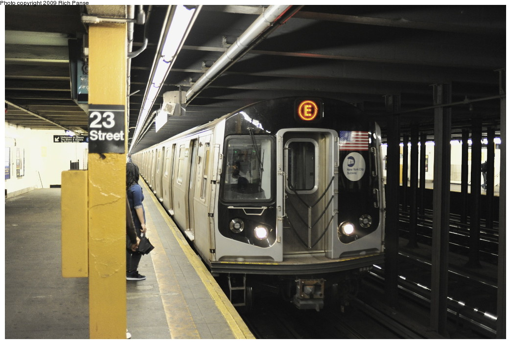 (167k, 1044x702)<br><b>Country:</b> United States<br><b>City:</b> New York<br><b>System:</b> New York City Transit<br><b>Line:</b> IND 8th Avenue Line<br><b>Location:</b> 23rd Street <br><b>Route:</b> E<br><b>Car:</b> R-160B (Option 1) (Kawasaki, 2008-2009)   <br><b>Photo by:</b> Richard Panse<br><b>Date:</b> 6/11/2009<br><b>Viewed (this week/total):</b> 1 / 1937