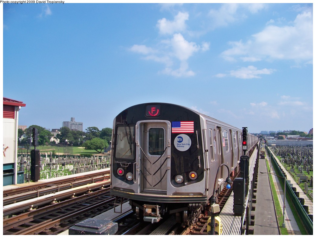 (221k, 1044x788)<br><b>Country:</b> United States<br><b>City:</b> New York<br><b>System:</b> New York City Transit<br><b>Line:</b> BMT Culver Line<br><b>Location:</b> Bay Parkway (22nd Avenue) <br><b>Route:</b> F<br><b>Car:</b> R-160B (Option 1) (Kawasaki, 2008-2009)  9148 <br><b>Photo by:</b> David Tropiansky<br><b>Date:</b> 7/2/2009<br><b>Viewed (this week/total):</b> 0 / 1752