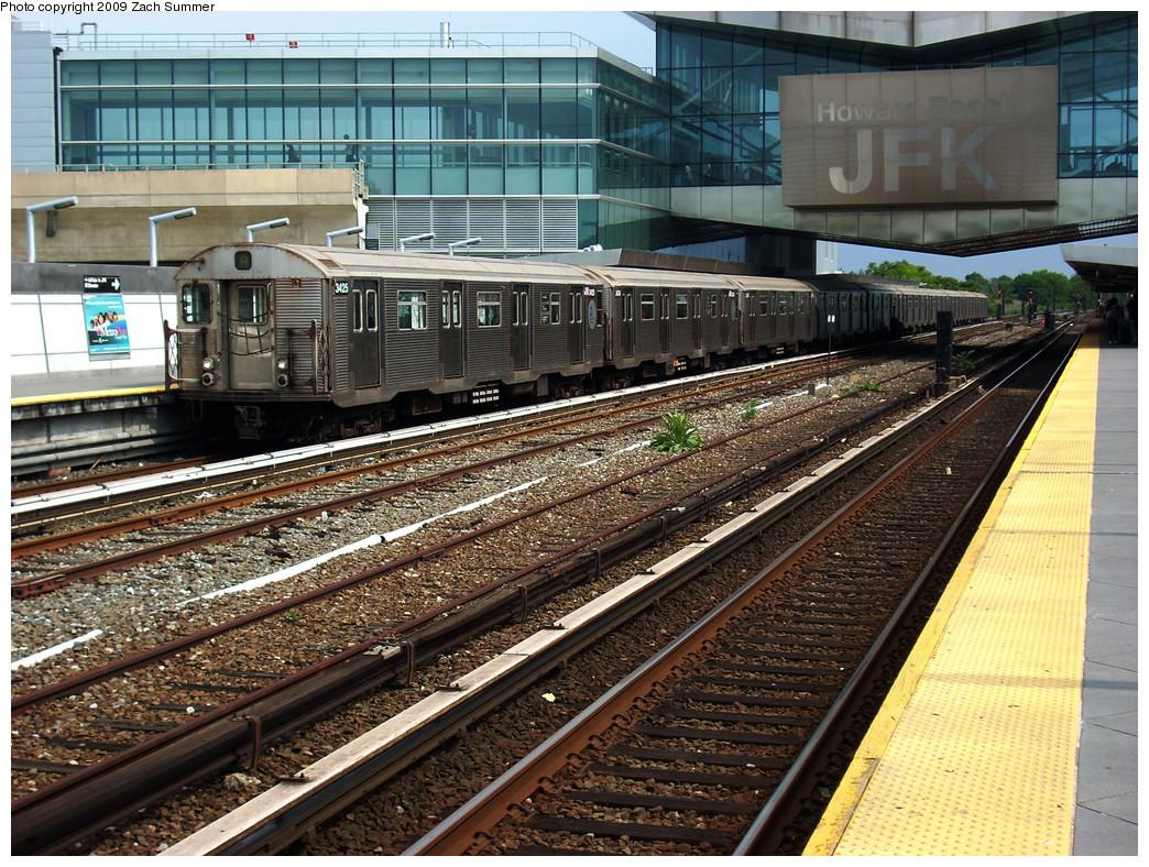 (393k, 1044x788)<br><b>Country:</b> United States<br><b>City:</b> New York<br><b>System:</b> New York City Transit<br><b>Line:</b> IND Rockaway<br><b>Location:</b> Howard Beach <br><b>Route:</b> A<br><b>Car:</b> R-32 (Budd, 1964)  3425 <br><b>Photo by:</b> Zach Summer<br><b>Date:</b> 6/8/2009<br><b>Viewed (this week/total):</b> 1 / 1503
