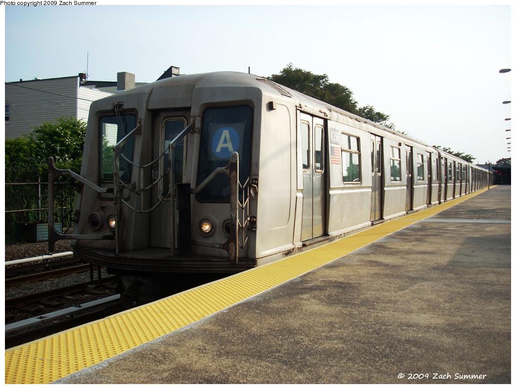 (274k, 1044x788)<br><b>Country:</b> United States<br><b>City:</b> New York<br><b>System:</b> New York City Transit<br><b>Line:</b> IND Rockaway<br><b>Location:</b> Rockaway Park/Beach 116th Street <br><b>Route:</b> A<br><b>Car:</b> R-40 (St. Louis, 1968)  4356 <br><b>Photo by:</b> Zach Summer<br><b>Date:</b> 6/8/2009<br><b>Viewed (this week/total):</b> 0 / 825