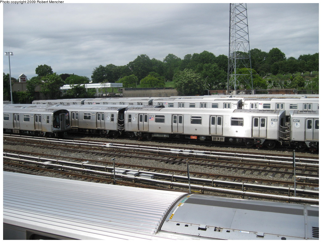 (262k, 1044x788)<br><b>Country:</b> United States<br><b>City:</b> New York<br><b>System:</b> New York City Transit<br><b>Location:</b> East New York Yard/Shops<br><b>Car:</b> R-160A-1 (Alstom, 2005-2008, 4 car sets)  8548 <br><b>Photo by:</b> Robert Mencher<br><b>Date:</b> 6/15/2009<br><b>Viewed (this week/total):</b> 0 / 705