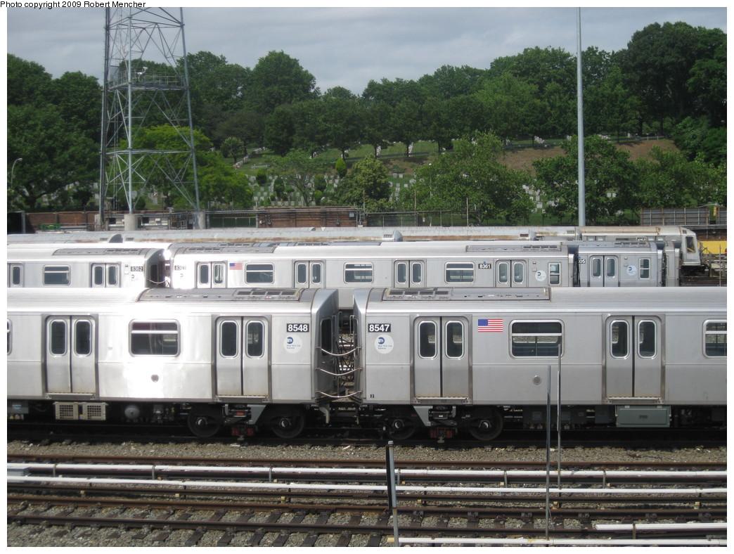 (258k, 1044x788)<br><b>Country:</b> United States<br><b>City:</b> New York<br><b>System:</b> New York City Transit<br><b>Location:</b> East New York Yard/Shops<br><b>Car:</b> R-160A-1 (Alstom, 2005-2008, 4 car sets)  8548/8547 <br><b>Photo by:</b> Robert Mencher<br><b>Date:</b> 6/15/2009<br><b>Viewed (this week/total):</b> 0 / 891