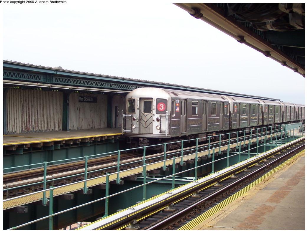 (249k, 1044x791)<br><b>Country:</b> United States<br><b>City:</b> New York<br><b>System:</b> New York City Transit<br><b>Line:</b> IRT Brooklyn Line<br><b>Location:</b> Van Siclen Avenue <br><b>Route:</b> 3<br><b>Car:</b> R-62 (Kawasaki, 1983-1985)  1576 <br><b>Photo by:</b> Aliandro Brathwaite<br><b>Date:</b> 6/20/2009<br><b>Viewed (this week/total):</b> 0 / 1355
