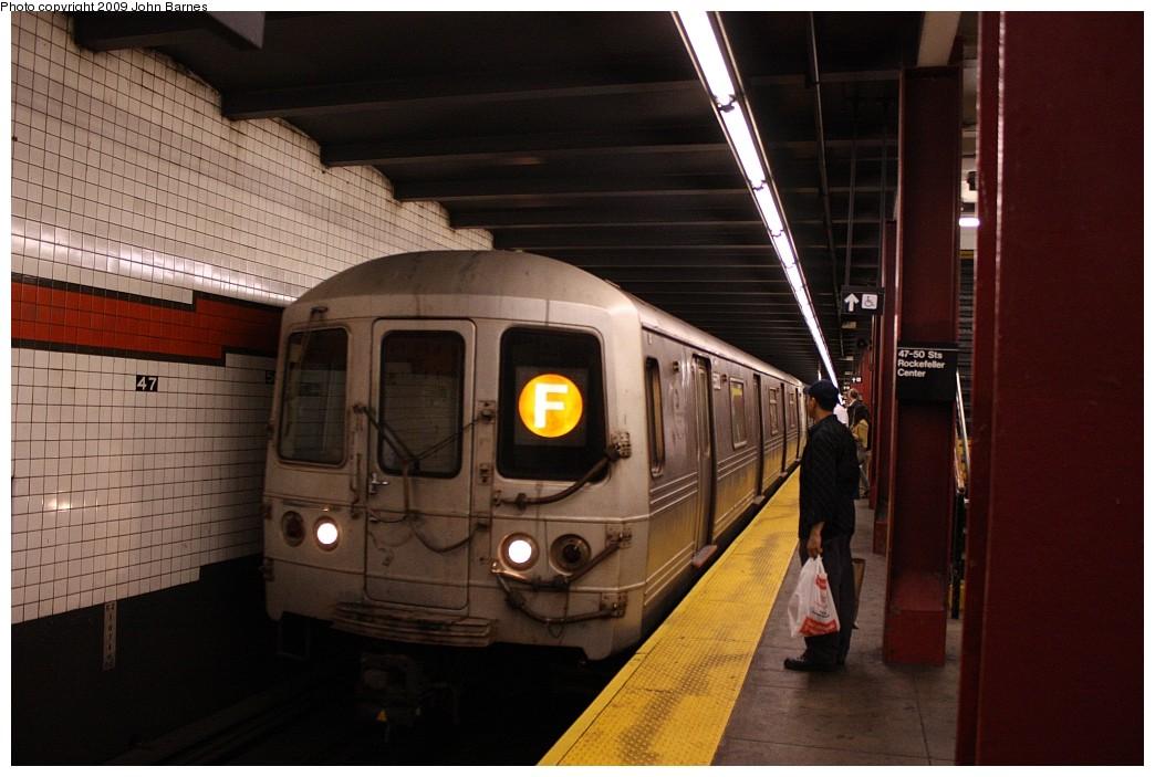 (185k, 1044x703)<br><b>Country:</b> United States<br><b>City:</b> New York<br><b>System:</b> New York City Transit<br><b>Line:</b> IND 6th Avenue Line<br><b>Location:</b> 47-50th Street/Rockefeller Center <br><b>Route:</b> F<br><b>Car:</b> R-46 (Pullman-Standard, 1974-75) 5582 <br><b>Photo by:</b> John Barnes<br><b>Date:</b> 6/21/2009<br><b>Viewed (this week/total):</b> 0 / 1214