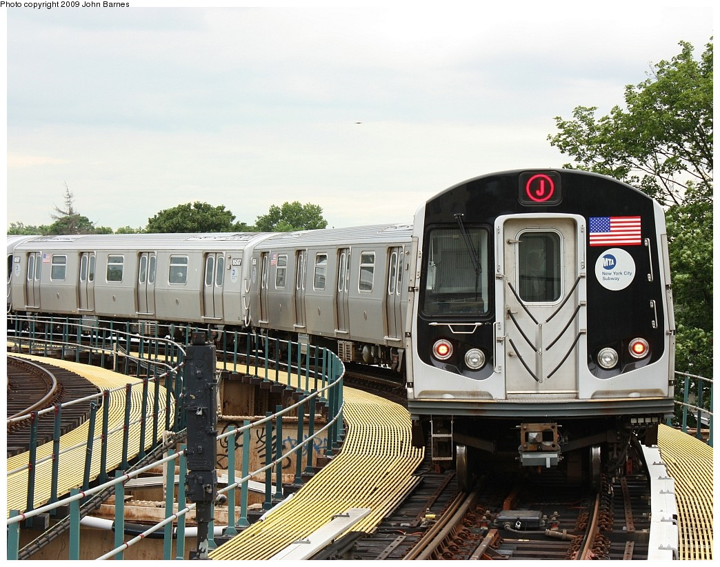 (280k, 1044x822)<br><b>Country:</b> United States<br><b>City:</b> New York<br><b>System:</b> New York City Transit<br><b>Line:</b> BMT Nassau Street/Jamaica Line<br><b>Location:</b> Cypress Hills <br><b>Route:</b> J<br><b>Car:</b> R-160A-1 (Alstom, 2005-2008, 4 car sets)  8505 <br><b>Photo by:</b> John Barnes<br><b>Date:</b> 6/22/2009<br><b>Viewed (this week/total):</b> 0 / 1276
