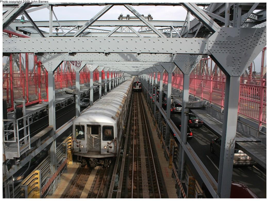 (298k, 1044x780)<br><b>Country:</b> United States<br><b>City:</b> New York<br><b>System:</b> New York City Transit<br><b>Line:</b> BMT Nassau Street/Jamaica Line<br><b>Location:</b> Williamsburg Bridge<br><b>Route:</b> J<br><b>Car:</b> R-42 (St. Louis, 1969-1970)  4807 <br><b>Photo by:</b> John Barnes<br><b>Date:</b> 6/22/2009<br><b>Viewed (this week/total):</b> 0 / 1005