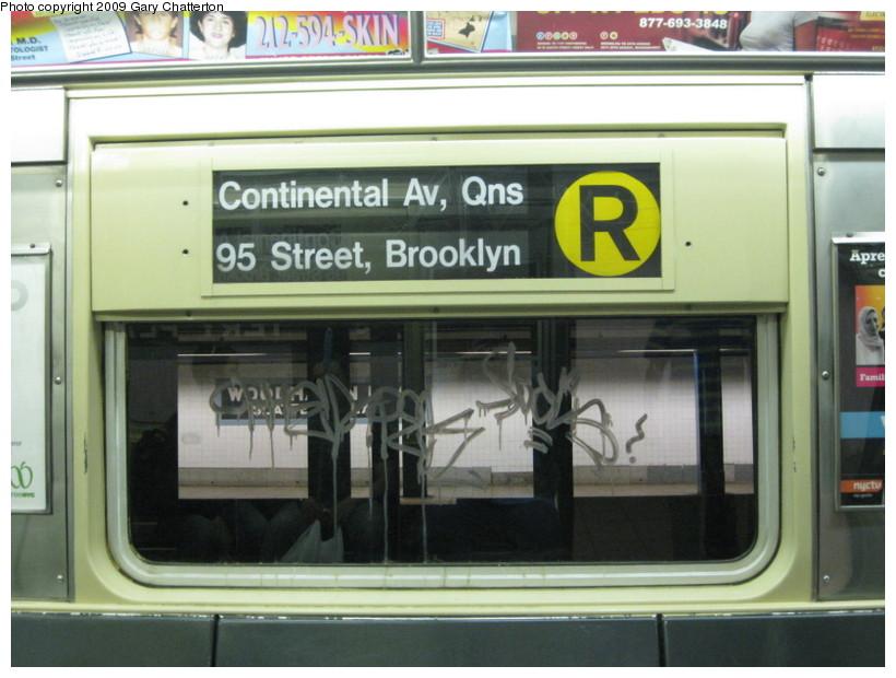 (123k, 820x620)<br><b>Country:</b> United States<br><b>City:</b> New York<br><b>System:</b> New York City Transit<br><b>Route:</b> R<br><b>Car:</b> R-42 (St. Louis, 1969-1970)  4590 <br><b>Photo by:</b> Gary Chatterton<br><b>Date:</b> 7/3/2009<br><b>Viewed (this week/total):</b> 2 / 1068