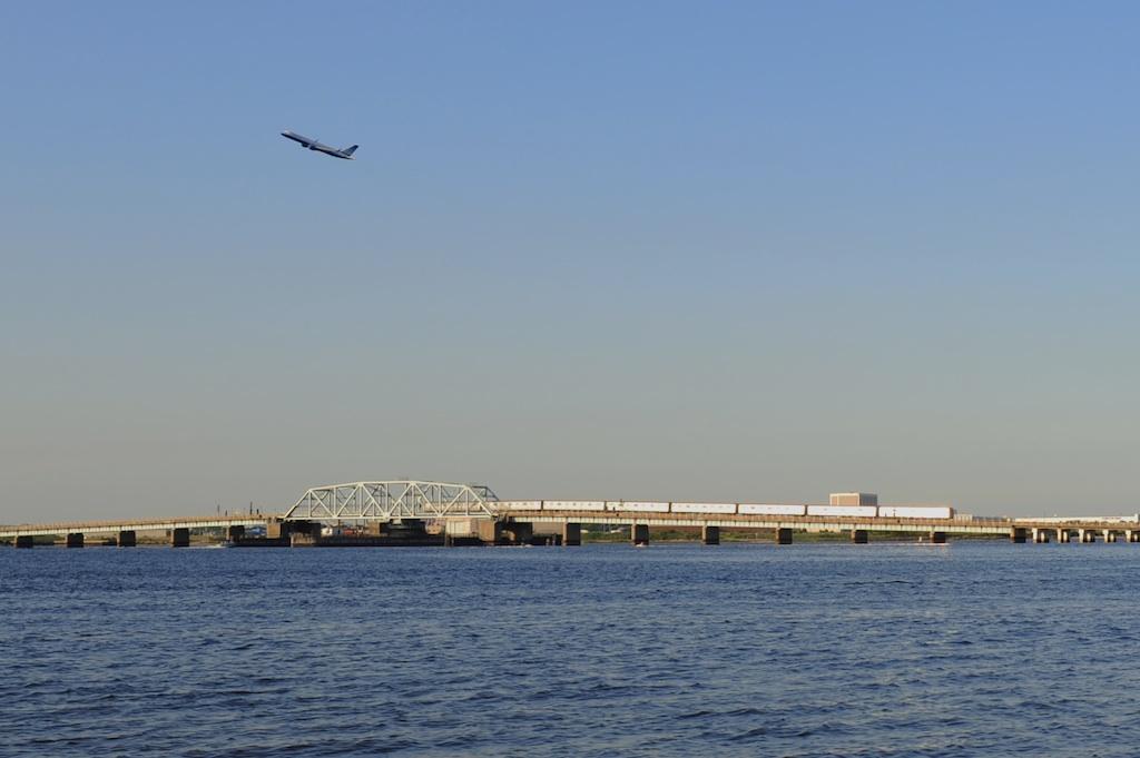 (135k, 1024x681)<br><b>Country:</b> United States<br><b>City:</b> New York<br><b>System:</b> New York City Transit<br><b>Line:</b> IND Rockaway<br><b>Location:</b> North Channel Bridge <br><b>Route:</b> A<br><b>Car:</b> R-44 (St. Louis, 1971-73)  <br><b>Photo by:</b> Richard Panse<br><b>Date:</b> 7/10/2009<br><b>Viewed (this week/total):</b> 1 / 1313