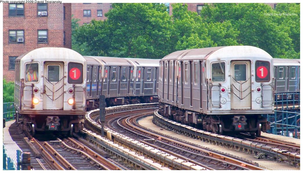 (259k, 1044x599)<br><b>Country:</b> United States<br><b>City:</b> New York<br><b>System:</b> New York City Transit<br><b>Line:</b> IRT West Side Line<br><b>Location:</b> 215th Street <br><b>Route:</b> 1<br><b>Car:</b> R-62A (Bombardier, 1984-1987)   <br><b>Photo by:</b> David Tropiansky<br><b>Date:</b> 7/17/2009<br><b>Viewed (this week/total):</b> 0 / 1486