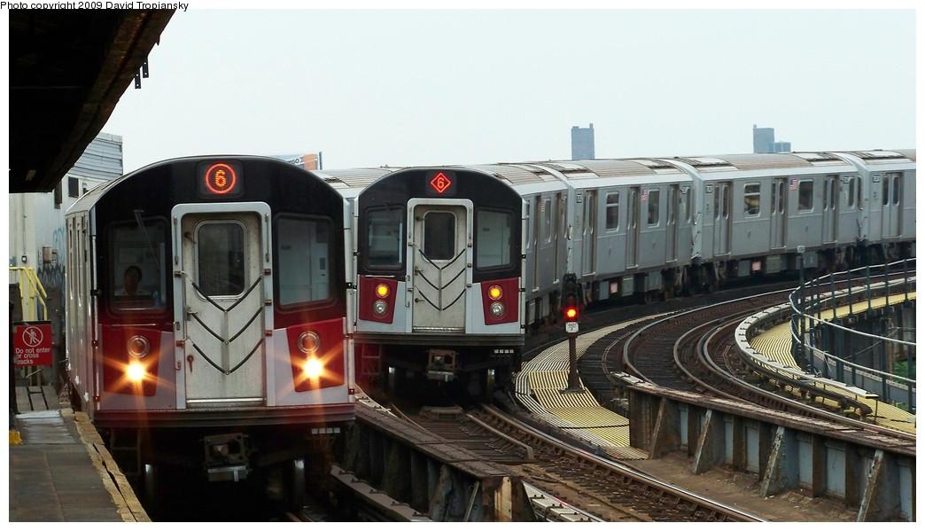 (175k, 1044x599)<br><b>Country:</b> United States<br><b>City:</b> New York<br><b>System:</b> New York City Transit<br><b>Line:</b> IRT Pelham Line<br><b>Location:</b> Whitlock Avenue <br><b>Route:</b> 6<br><b>Car:</b> R-142A (Primary Order, Kawasaki, 1999-2002)  7606 <br><b>Photo by:</b> David Tropiansky<br><b>Date:</b> 7/17/2009<br><b>Viewed (this week/total):</b> 0 / 1806