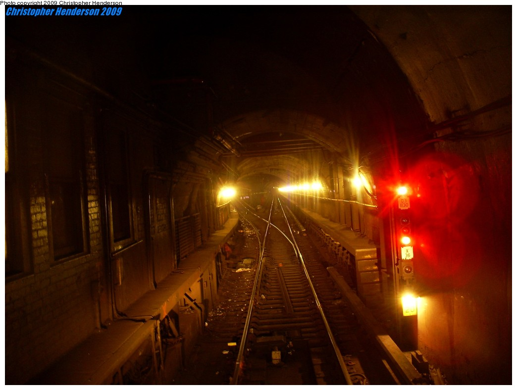 (134k, 1044x788)<br><b>Country:</b> United States<br><b>City:</b> New York<br><b>System:</b> New York City Transit<br><b>Line:</b> IND Queens Boulevard Line<br><b>Location:</b> 5th Avenue/53rd Street <br><b>Photo by:</b> Christopher Henderson<br><b>Date:</b> 7/10/2009<br><b>Notes:</b> View west departing 53rd & 5th; left track to IND 6th Ave. line, straight to 7th Ave station & IND 8th Ave. line.<br><b>Viewed (this week/total):</b> 0 / 2767