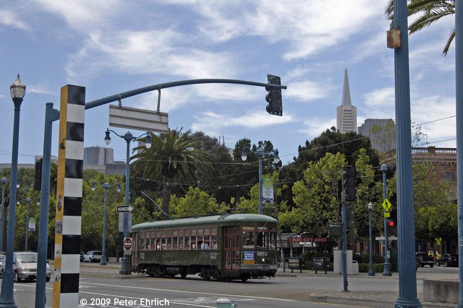 (215k, 930x618)<br><b>Country:</b> United States<br><b>City:</b> San Francisco/Bay Area, CA<br><b>System:</b> SF MUNI<br><b>Location:</b> Embarcadero/Battery <br><b>Car:</b> New Orleans Public Service (Perley A. Thomas Car Works, 1924) 952 <br><b>Photo by:</b> Peter Ehrlich<br><b>Date:</b> 6/19/2009<br><b>Notes:</b> Inbound.<br><b>Viewed (this week/total):</b> 0 / 327