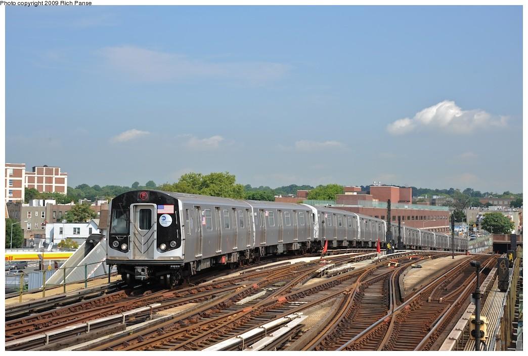 (178k, 1044x703)<br><b>Country:</b> United States<br><b>City:</b> New York<br><b>System:</b> New York City Transit<br><b>Line:</b> BMT Culver Line<br><b>Location:</b> Ditmas Avenue <br><b>Route:</b> F<br><b>Car:</b> R-160A (Option 1) (Alstom, 2008-2009, 5 car sets)   <br><b>Photo by:</b> Richard Panse<br><b>Date:</b> 7/22/2009<br><b>Viewed (this week/total):</b> 0 / 1325