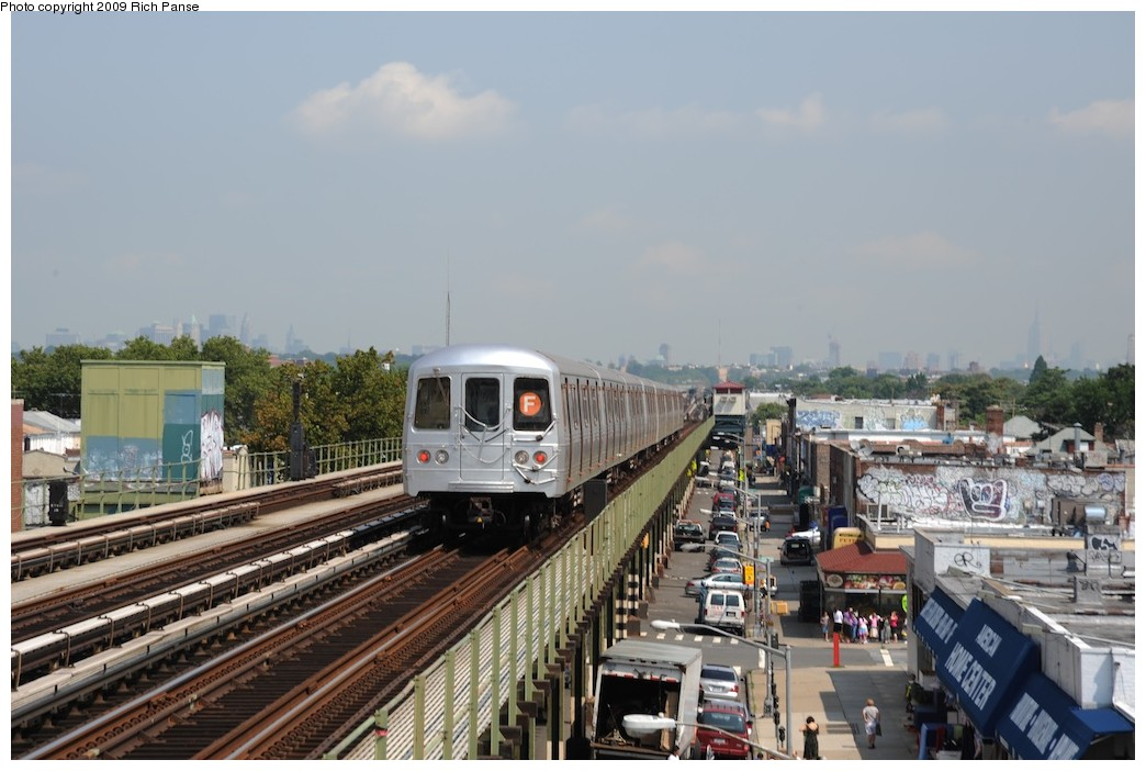(171k, 1044x702)<br><b>Country:</b> United States<br><b>City:</b> New York<br><b>System:</b> New York City Transit<br><b>Line:</b> BMT Culver Line<br><b>Location:</b> Avenue P <br><b>Route:</b> F<br><b>Car:</b> R-46 (Pullman-Standard, 1974-75)  <br><b>Photo by:</b> Richard Panse<br><b>Date:</b> 7/22/2009<br><b>Viewed (this week/total):</b> 1 / 1027