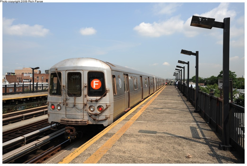 (175k, 1044x701)<br><b>Country:</b> United States<br><b>City:</b> New York<br><b>System:</b> New York City Transit<br><b>Line:</b> BMT Culver Line<br><b>Location:</b> Avenue P <br><b>Route:</b> F<br><b>Car:</b> R-46 (Pullman-Standard, 1974-75)  <br><b>Photo by:</b> Richard Panse<br><b>Date:</b> 7/22/2009<br><b>Viewed (this week/total):</b> 0 / 793