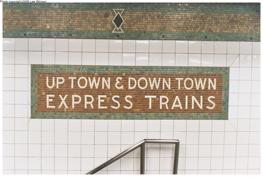 (191k, 1044x703)<br><b>Country:</b> United States<br><b>City:</b> New York<br><b>System:</b> New York City Transit<br><b>Line:</b> IRT West Side Line<br><b>Location:</b> 34th Street/Penn Station <br><b>Photo by:</b> Lee Winson<br><b>Date:</b> 5/5/2008<br><b>Viewed (this week/total):</b> 3 / 749