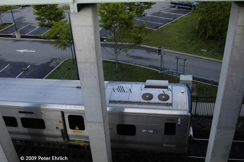 (189k, 930x618)<br><b>Country:</b> United States<br><b>System:</b> Metro-North Railroad (or Amtrak or Predecessor RR)<br><b>Line:</b> Metro North-Harlem Line<br><b>Location:</b> Golden's Bridge <br><b>Car:</b> MNRR M-7a EMU (Bombardier) 4170 <br><b>Photo by:</b> Peter Ehrlich<br><b>Date:</b> 8/1/2009<br><b>Notes:</b> Inbound<br><b>Viewed (this week/total):</b> 0 / 505
