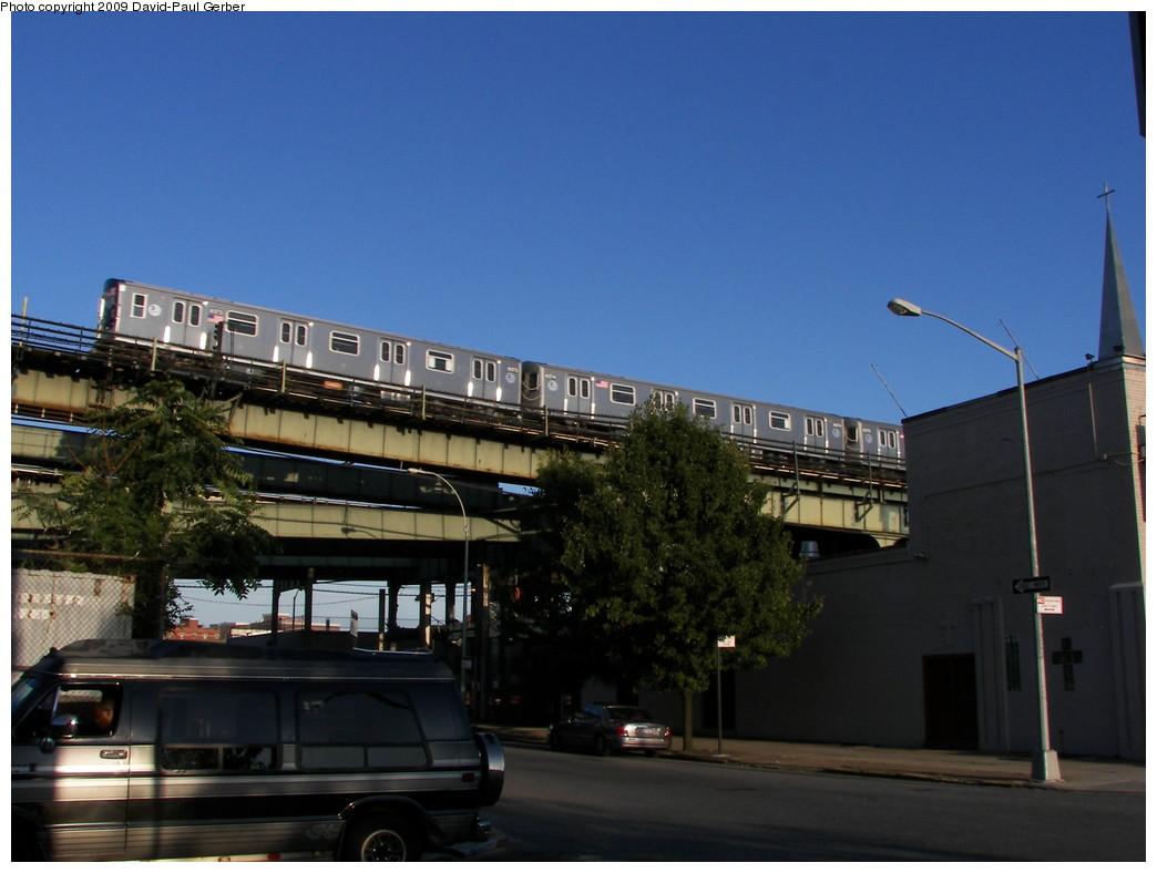 (229k, 1044x788)<br><b>Country:</b> United States<br><b>City:</b> New York<br><b>System:</b> New York City Transit<br><b>Line:</b> BMT Canarsie Line<br><b>Location:</b> Broadway Junction <br><b>Route:</b> L<br><b>Car:</b> R-160A-1 (Alstom, 2005-2008, 4 car sets)  8373 <br><b>Photo by:</b> David-Paul Gerber<br><b>Date:</b> 9/1/2009<br><b>Notes:</b> View from Herkimer St facing east<br><b>Viewed (this week/total):</b> 0 / 1178