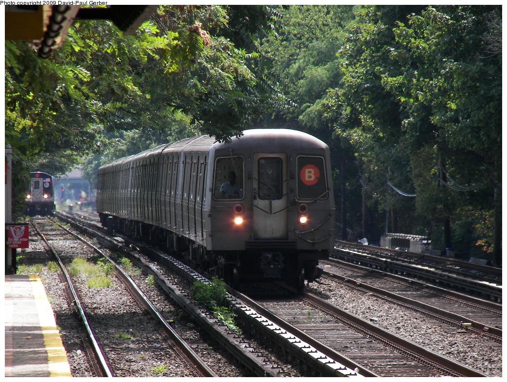 (397k, 1044x788)<br><b>Country:</b> United States<br><b>City:</b> New York<br><b>System:</b> New York City Transit<br><b>Line:</b> BMT Brighton Line<br><b>Location:</b> Avenue J <br><b>Route:</b> B<br><b>Car:</b> R-68 (Westinghouse-Amrail, 1986-1988)   <br><b>Photo by:</b> David-Paul Gerber<br><b>Date:</b> 9/4/2009<br><b>Viewed (this week/total):</b> 0 / 1124
