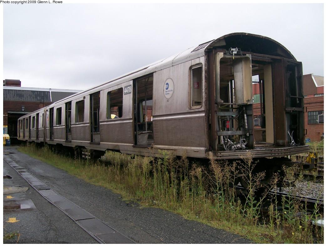 (237k, 1044x788)<br><b>Country:</b> United States<br><b>City:</b> New York<br><b>System:</b> New York City Transit<br><b>Location:</b> 207th Street Shop<br><b>Car:</b> R-40M (St. Louis, 1969)  4478 <br><b>Photo by:</b> Glenn L. Rowe<br><b>Date:</b> 8/28/2009<br><b>Notes:</b> 23 track north, 207 St. Yard<br><b>Viewed (this week/total):</b> 2 / 873