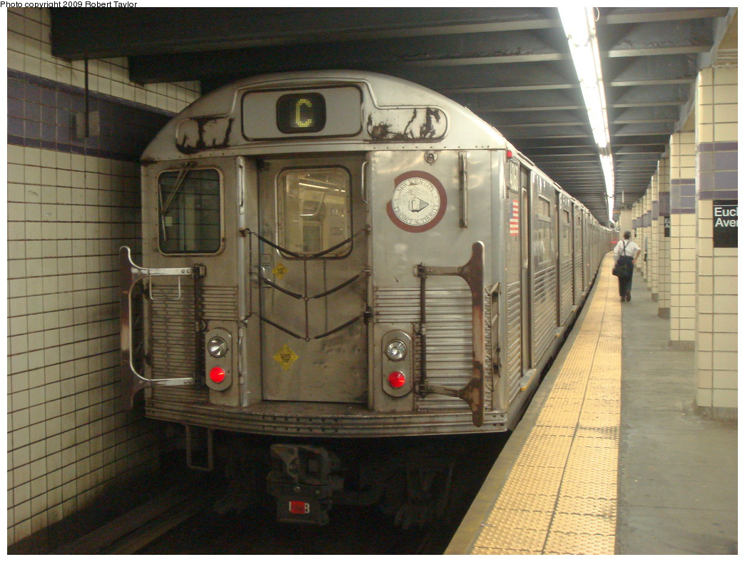 (244k, 1044x788)<br><b>Country:</b> United States<br><b>City:</b> New York<br><b>System:</b> New York City Transit<br><b>Line:</b> IND Fulton Street Line<br><b>Location:</b> Euclid Avenue <br><b>Route:</b> C<br><b>Car:</b> R-38 (St. Louis, 1966-1967)  4060 <br><b>Photo by:</b> Robert Taylor<br><b>Date:</b> 10/8/2007<br><b>Viewed (this week/total):</b> 0 / 992