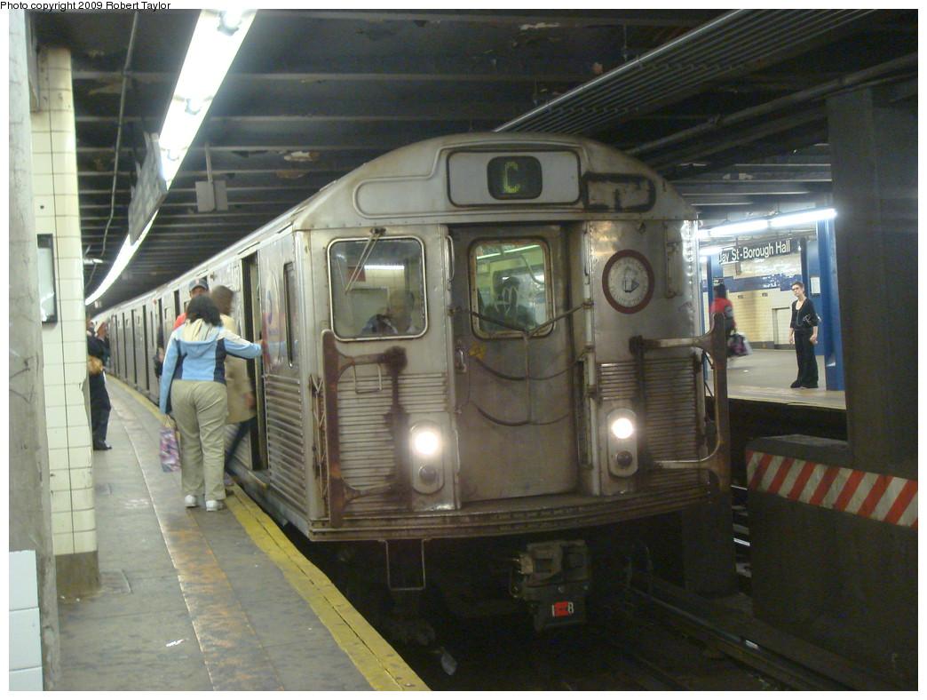 (242k, 1044x788)<br><b>Country:</b> United States<br><b>City:</b> New York<br><b>System:</b> New York City Transit<br><b>Line:</b> IND 8th Avenue Line<br><b>Location:</b> Jay St./Metrotech (Borough Hall) <br><b>Route:</b> C<br><b>Car:</b> R-38 (St. Louis, 1966-1967)  4051 <br><b>Photo by:</b> Robert Taylor<br><b>Date:</b> 10/20/2007<br><b>Viewed (this week/total):</b> 1 / 1486