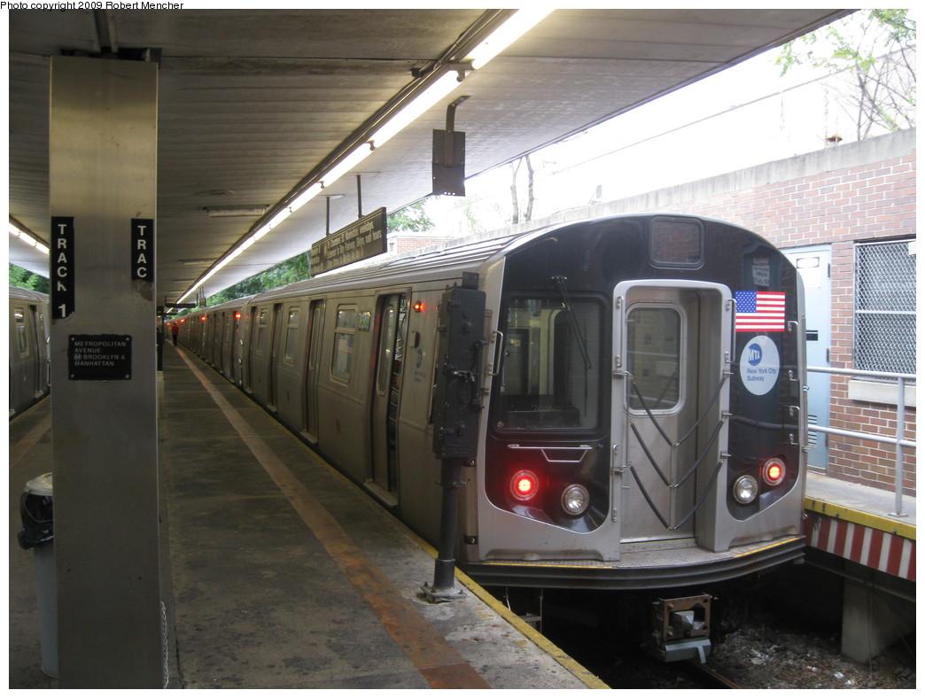 (211k, 1044x788)<br><b>Country:</b> United States<br><b>City:</b> New York<br><b>System:</b> New York City Transit<br><b>Line:</b> BMT Myrtle Avenue Line<br><b>Location:</b> Metropolitan Avenue <br><b>Route:</b> M<br><b>Car:</b> R-160A-1 (Alstom, 2005-2008, 4 car sets)  8569 <br><b>Photo by:</b> Robert Mencher<br><b>Date:</b> 9/6/2009<br><b>Viewed (this week/total):</b> 2 / 1682