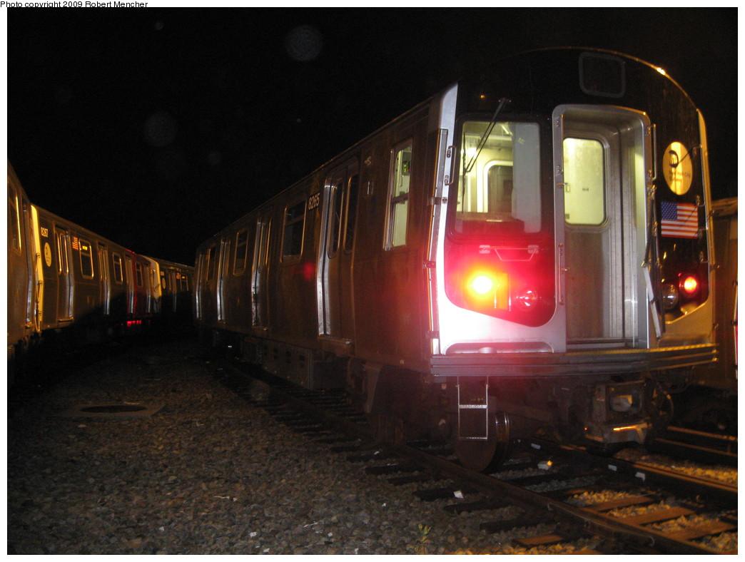 (198k, 1044x788)<br><b>Country:</b> United States<br><b>City:</b> New York<br><b>System:</b> New York City Transit<br><b>Location:</b> Rockaway Parkway (Canarsie) Yard<br><b>Car:</b> R-143 (Kawasaki, 2001-2002) 8285 <br><b>Photo by:</b> Robert Mencher<br><b>Date:</b> 9/7/2009<br><b>Viewed (this week/total):</b> 0 / 1355