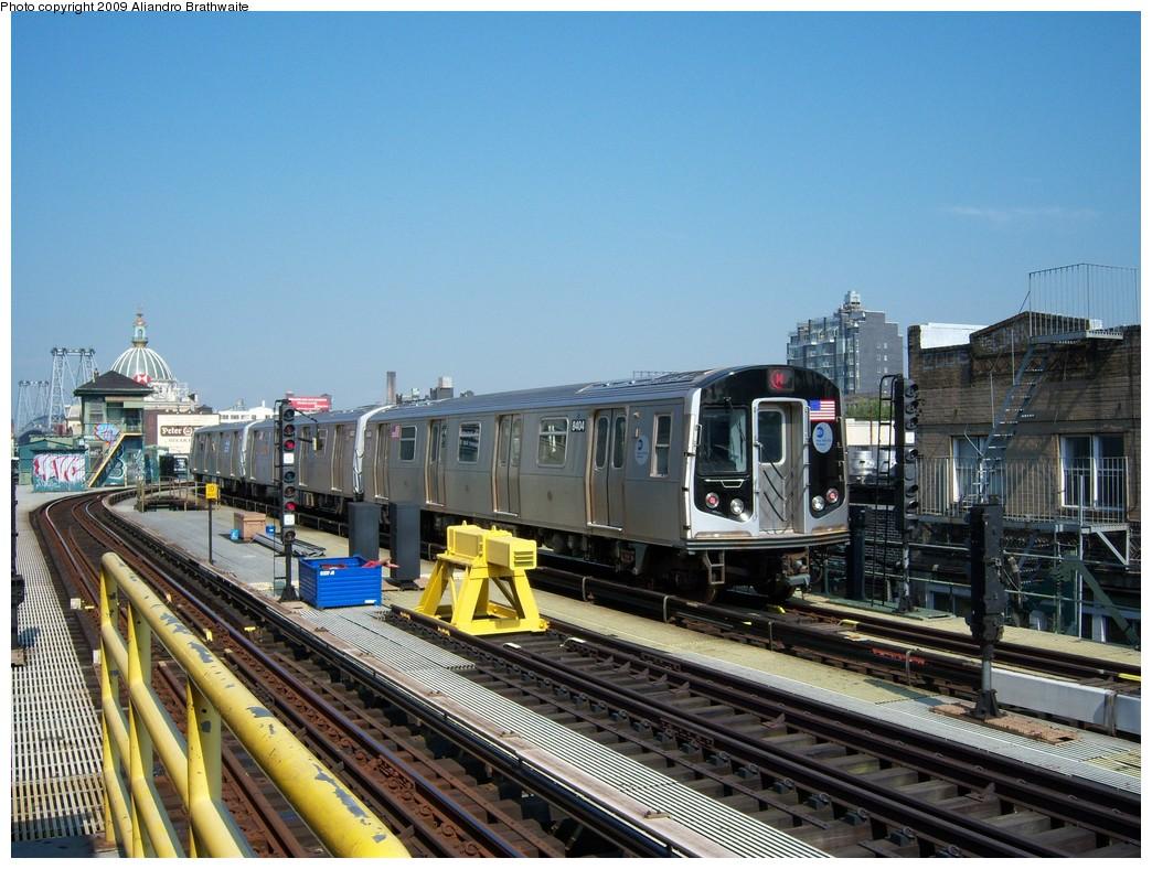 (259k, 1044x788)<br><b>Country:</b> United States<br><b>City:</b> New York<br><b>System:</b> New York City Transit<br><b>Line:</b> BMT Nassau Street/Jamaica Line<br><b>Location:</b> Marcy Avenue <br><b>Route:</b> M<br><b>Car:</b> R-160A-1 (Alstom, 2005-2008, 4 car sets)  8404 <br><b>Photo by:</b> Aliandro Brathwaite<br><b>Date:</b> 8/26/2009<br><b>Viewed (this week/total):</b> 1 / 1149