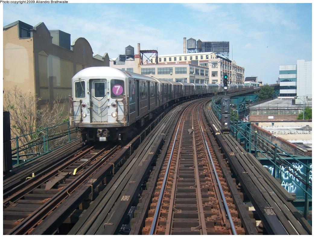 (286k, 1044x788)<br><b>Country:</b> United States<br><b>City:</b> New York<br><b>System:</b> New York City Transit<br><b>Line:</b> IRT Flushing Line<br><b>Location:</b> Court House Square/45th Road <br><b>Route:</b> 7<br><b>Car:</b> R-62A (Bombardier, 1984-1987)  1690 <br><b>Photo by:</b> Aliandro Brathwaite<br><b>Date:</b> 8/26/2009<br><b>Viewed (this week/total):</b> 0 / 976