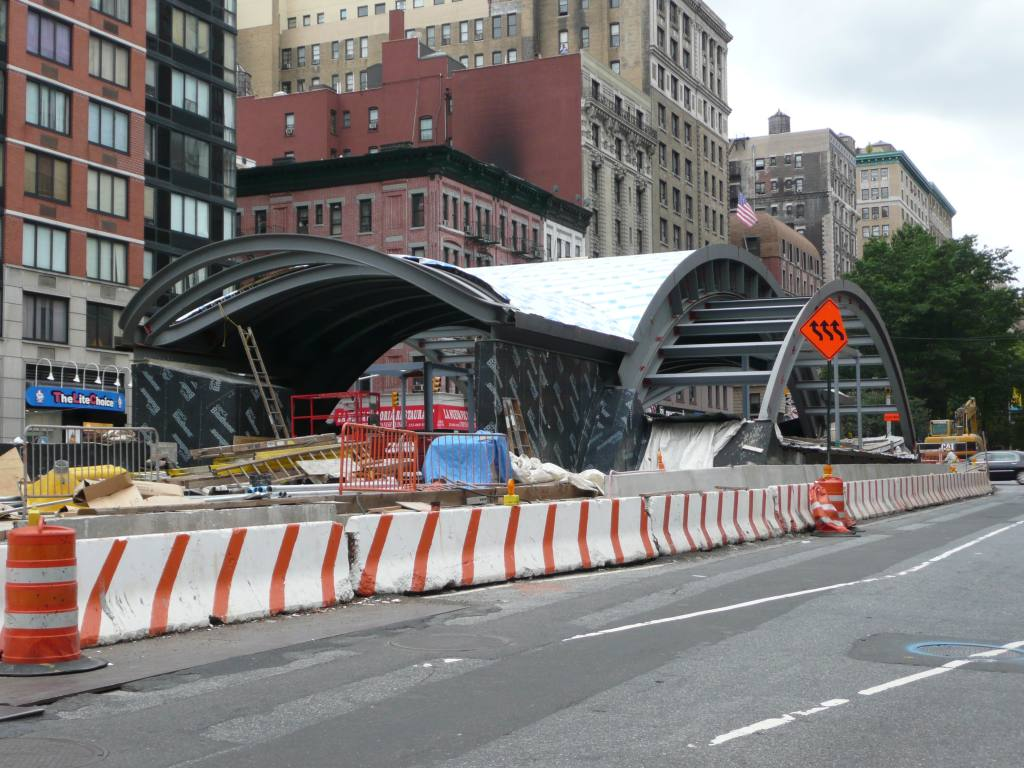 (150k, 1024x768)<br><b>Country:</b> United States<br><b>City:</b> New York<br><b>System:</b> New York City Transit<br><b>Line:</b> IRT West Side Line<br><b>Location:</b> 96th Street <br><b>Photo by:</b> Robbie Rosenfeld<br><b>Date:</b> 9/6/2009<br><b>Notes:</b> New station headhouse.<br><b>Viewed (this week/total):</b> 0 / 1162