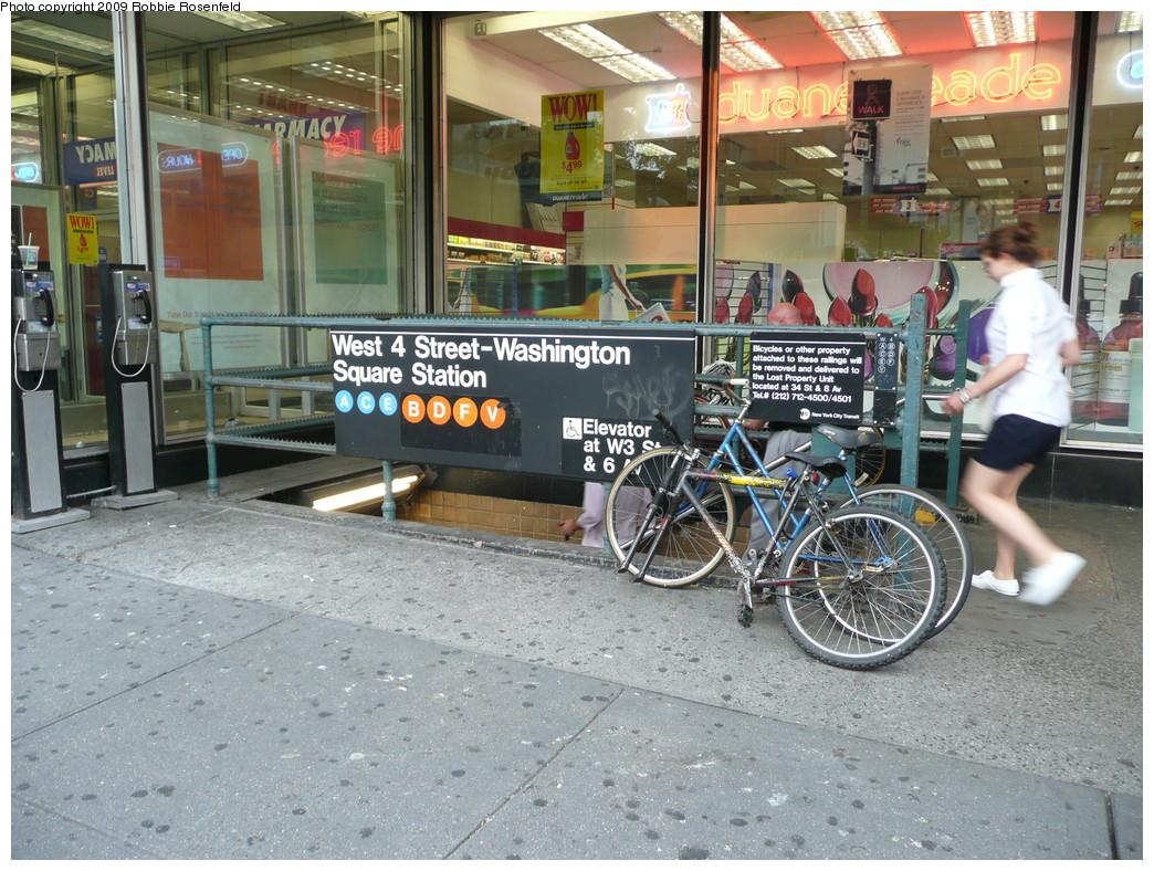 (308k, 1044x788)<br><b>Country:</b> United States<br><b>City:</b> New York<br><b>System:</b> New York City Transit<br><b>Line:</b> IND 8th Avenue Line<br><b>Location:</b> West 4th Street/Washington Square <br><b>Photo by:</b> Robbie Rosenfeld<br><b>Date:</b> 8/4/2009<br><b>Notes:</b> Station entrance.<br><b>Viewed (this week/total):</b> 3 / 1790