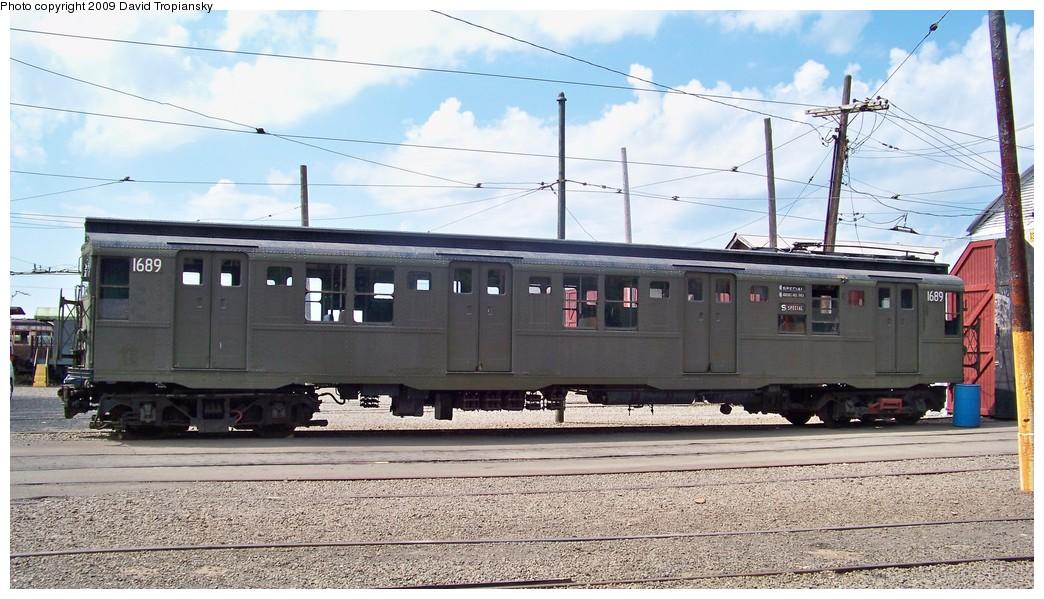 (216k, 1044x599)<br><b>Country:</b> United States<br><b>City:</b> East Haven/Branford, Ct.<br><b>System:</b> Shore Line Trolley Museum <br><b>Car:</b> R-9 (American Car & Foundry, 1940)  1689 <br><b>Photo by:</b> David Tropiansky<br><b>Date:</b> 9/5/2009<br><b>Viewed (this week/total):</b> 6 / 1667