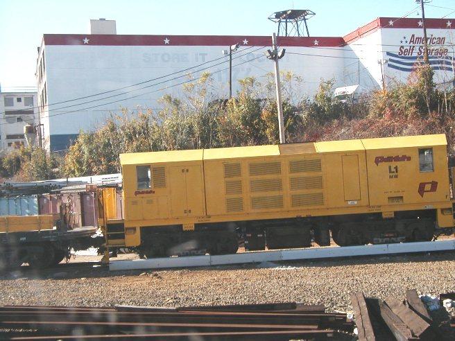 (89k, 656x492)<br><b>Country:</b> United States<br><b>City:</b> Jersey City, NJ<br><b>System:</b> PATH<br><b>Location:</b> Journal Square Yard <br><b>Car:</b>  L1 <br><b>Photo by:</b> D. Baldwin<br><b>Date:</b> 11/11/2001<br><b>Notes:</b> PATH MoW locomotive L1<br><b>Viewed (this week/total):</b> 0 / 1167