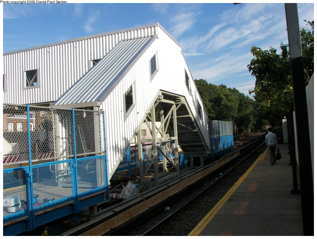 (303k, 1044x788)<br><b>Country:</b> United States<br><b>City:</b> New York<br><b>System:</b> New York City Transit<br><b>Line:</b> BMT Brighton Line<br><b>Location:</b> Avenue J <br><b>Photo by:</b> David-Paul Gerber<br><b>Date:</b> 9/21/2009<br><b>Notes:</b> Temporary bridge and southbound platform.<br><b>Viewed (this week/total):</b> 6 / 1054